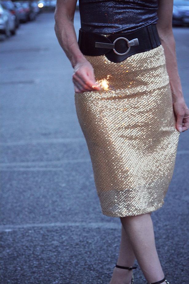 sewfestive3 week 3 sequin pencil skirt sewthispattern by nine stitches