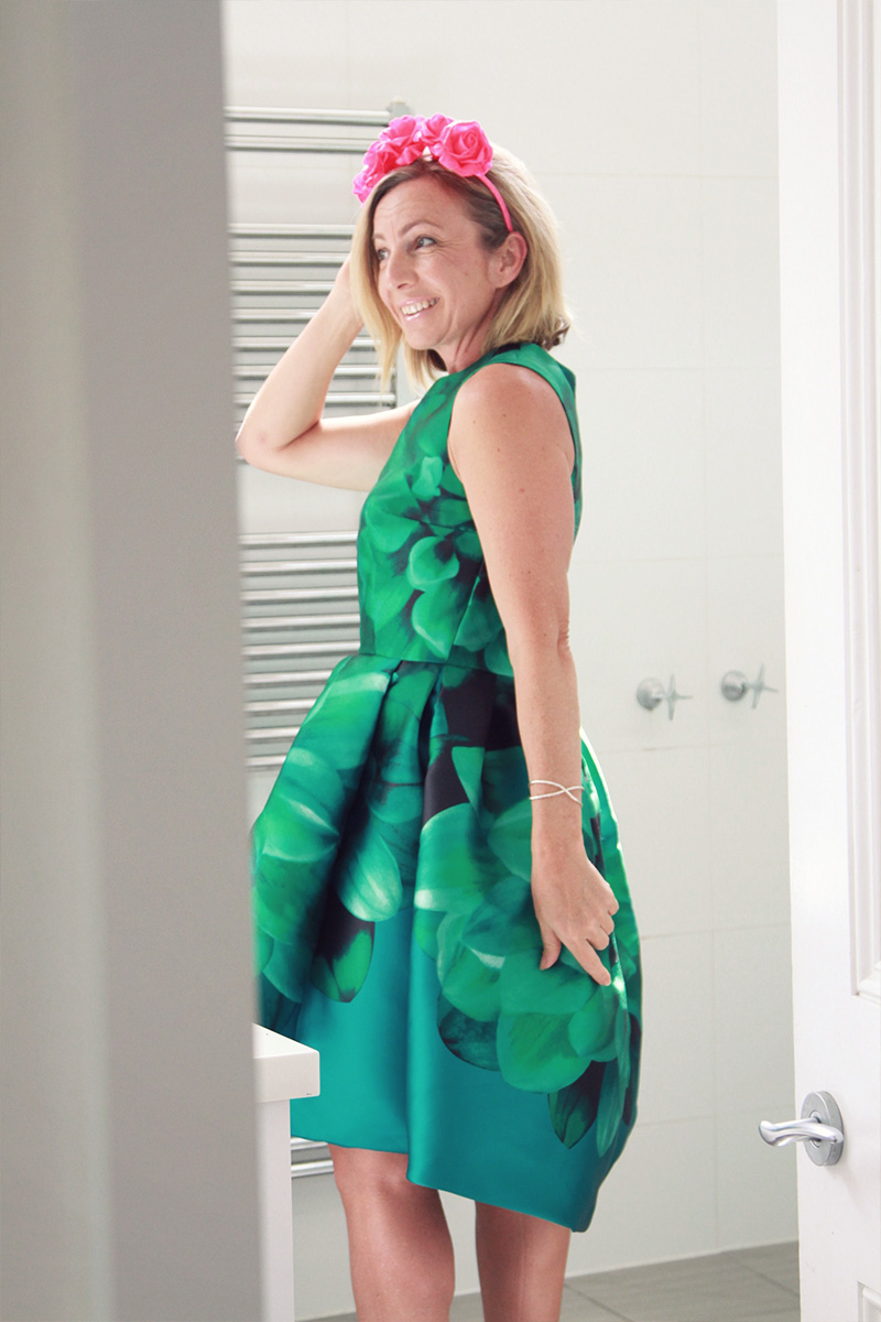 My spring racing dress for lincraft competition sewthispattern for me a simple fitted bodice and a full skirt was all i needed this time the pattern was perfect and now it was time to turn my vision into a dress jeuxipadfo Gallery